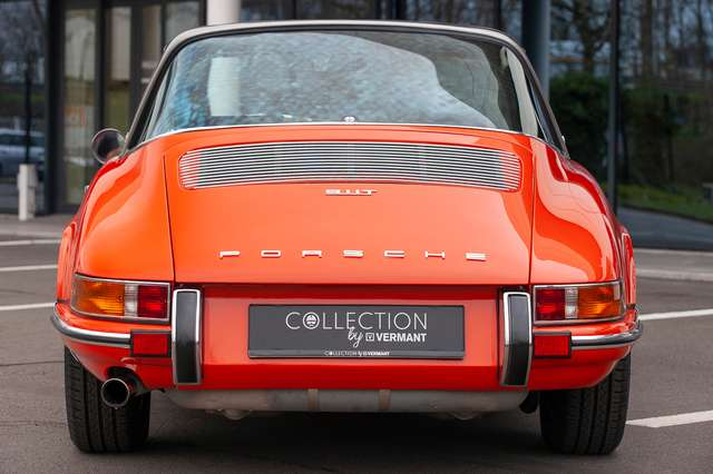Porsche 911 T Targa - EU car - Nut and bolt restoration 5/15
