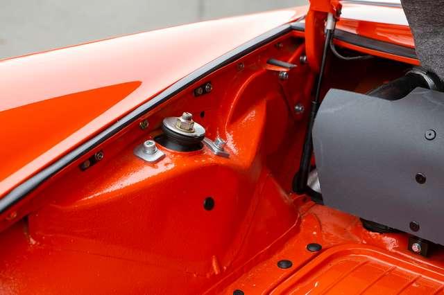 Porsche 911 T Targa - EU car - Nut and bolt restoration 9/15