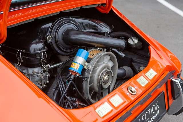 Porsche 911 T Targa - EU car - Nut and bolt restoration 14/15