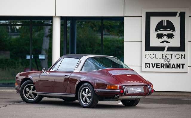 Porsche 911 S Targa - Restored condition - Books/tools! 3/15