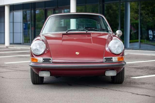 Porsche 911 S Targa - Restored condition - Books/tools! 4/15