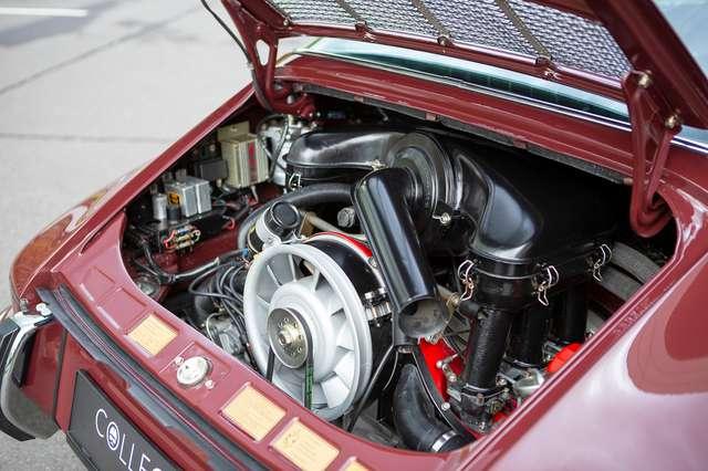 Porsche 911 S Targa - Restored condition - Books/tools! 15/15