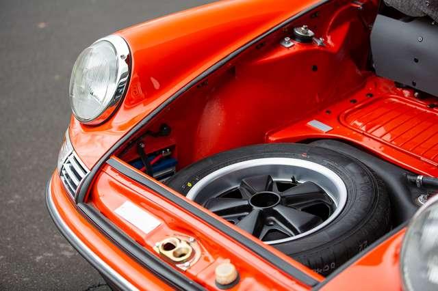 Porsche 911 T - EU car - Matching engine/colours -Nut and bolt 6/15