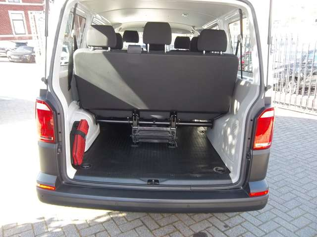 Volkswagen Transporter Kombi 8 Places 2.0TDi 102cv Minibus 21480€+TVA 7/15