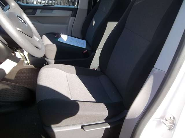Volkswagen Transporter Kombi 8 Places 2.0TDi 102cv Minibus 21480€+TVA 11/15