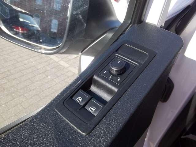 Volkswagen Transporter Kombi 8 Places 2.0TDi 102cv Minibus 21480€+TVA 12/15