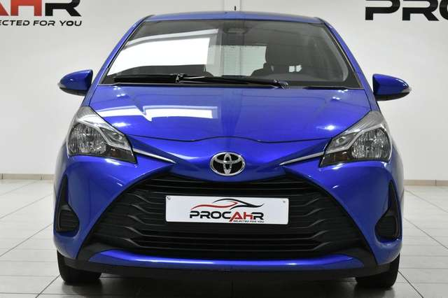 Toyota Yaris 1.5i CLIM * CAMERA * CRUISE * BLUETOOTH 2/15