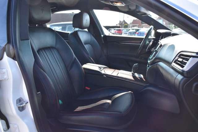 Maserati Ghibli 3.0 V6 AUTOMAAT / LEDER / NAVIGATIE / XENON 14/15