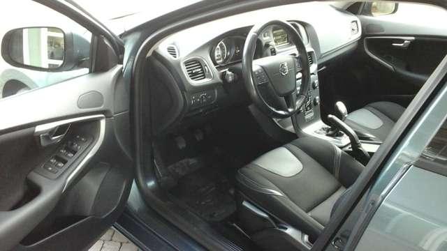 Volvo V40 1.6 T3 Momentum 5/15