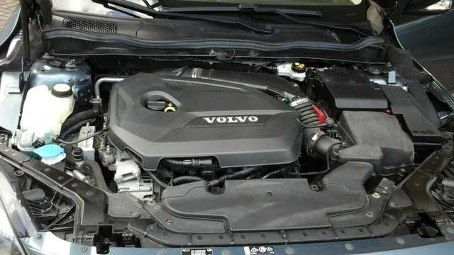 Volvo V40 1.6 T3 Momentum 10/15