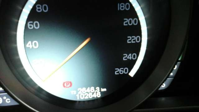 Volvo V40 1.6 T3 Momentum 14/15
