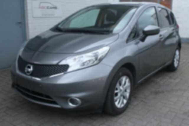 Nissan Note 1.2i Connect Edition slechts 27429 km