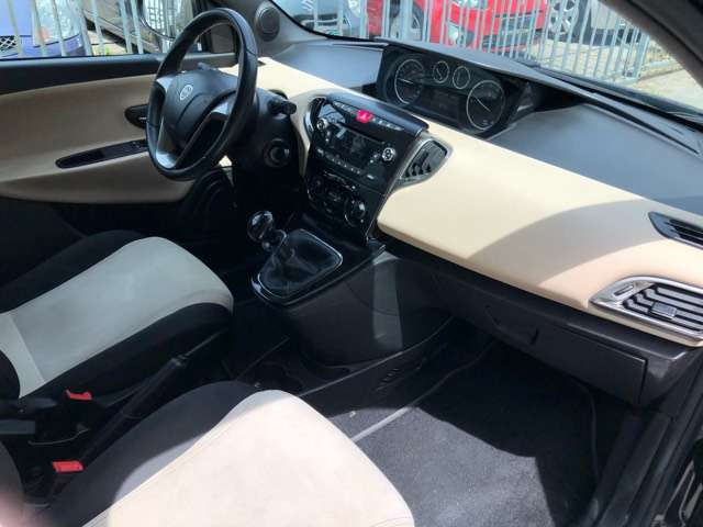 Lancia Ypsilon 1.2 Evo II Park In Style Jante Airco Carnet euro6 7/15