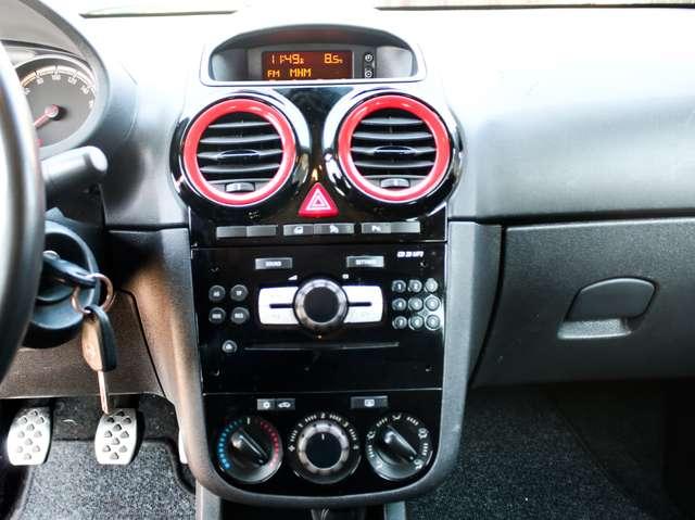 Opel Corsa 1.4i Black Edition Airco, PDC A 13/15