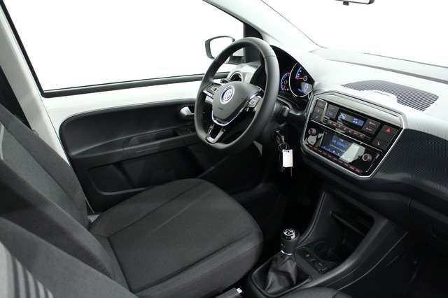 Volkswagen up! move! 1.0*5p*Radio*Sgs.chauff*PDC*Rég.vit*Climatro 12/15