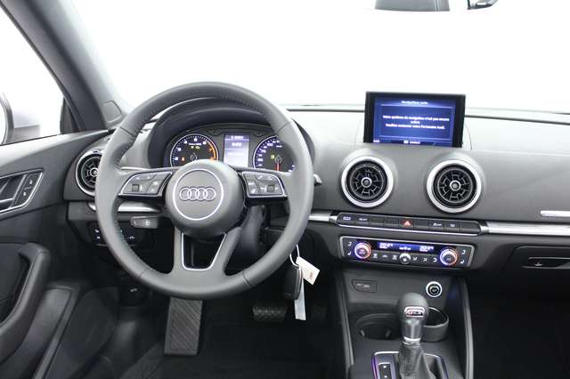 Audi A3 Cabriolet Sport 2.0 TFSI Str*Pré-GPS*Sgs.+vol.+nuq 13/15