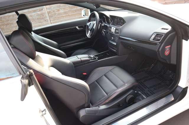 Mercedes E 220 CDI .Aut.AMG PAKKET/xenon/leder/verw zetels/pdc/ 11/15