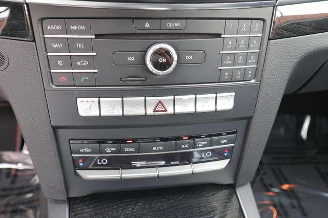 Mercedes E 220 CDI .Aut.AMG PAKKET/xenon/leder/verw zetels/pdc/ 13/15