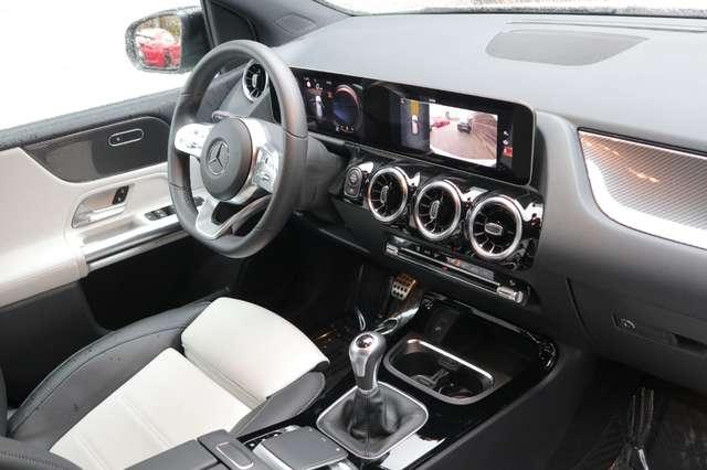 Mercedes B 180 1 ste eig /AMG styling/camera/GPS /leder/nightpack 11/15