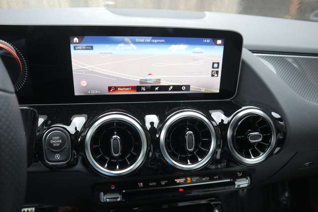 Mercedes B 180 1 ste eig /AMG styling/camera/GPS /leder/nightpack 14/15