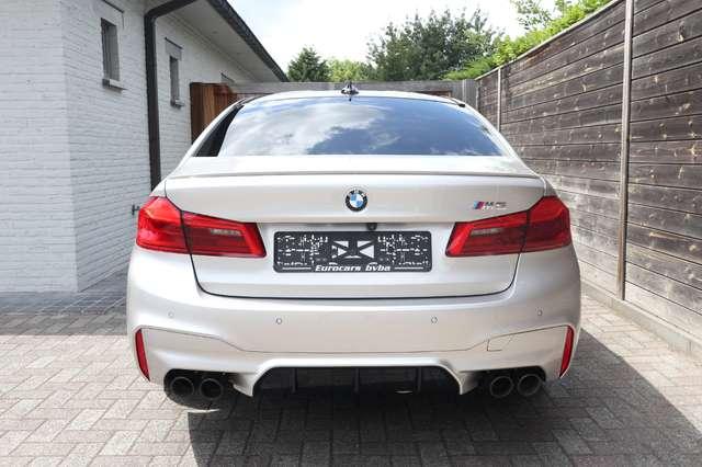 BMW M5 4.4 V8 /individual/ceramic brakes/carbonroof/full 8/15