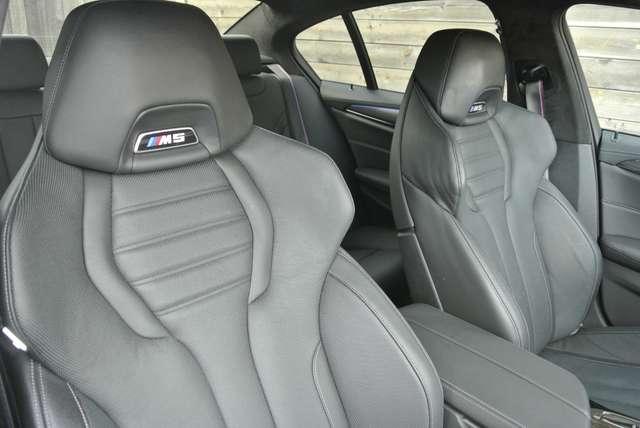 BMW M5 4.4 V8 /individual/ceramic brakes/carbonroof/full 12/15