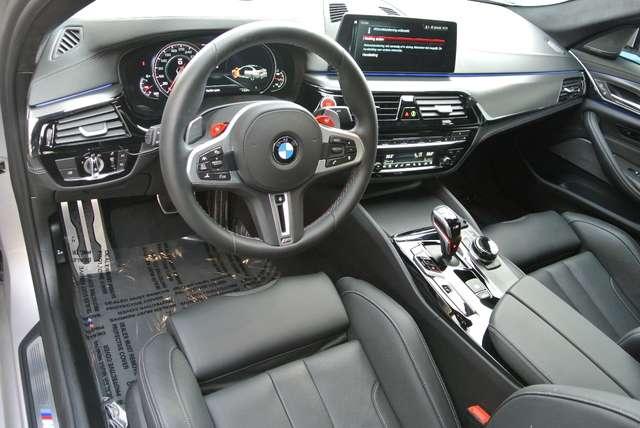 BMW M5 4.4 V8 /individual/ceramic brakes/carbonroof/full 13/15