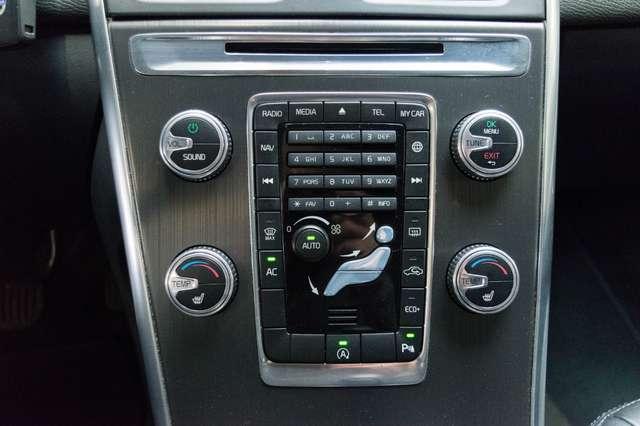 Volvo XC60 2.0 D3 Summum Automaat - NAVI / XENON / LEDER / CC 14/15