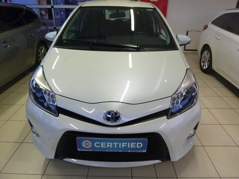 Toyota Yaris 1.5 VVT-i Hybrid CVT Dynamic 5P/D
