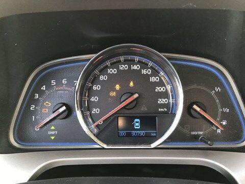 Toyota RAV 4 2.0 D-4D DPF 6M/T 5dr 4x2 Lounge 124hp