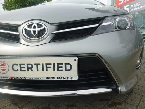 Toyota Auris Comfort Alu 1.33 Dual VVT-i 6M/T 5p/d