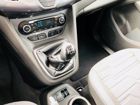 Ford Tourneo 1.0 ecoboost / Titanium / PANO ROOF / NEW CAR 11/19