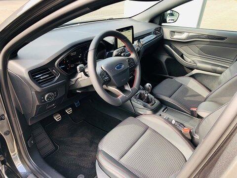 Ford Focus 1.0 EcoBoost ST-Line Business / NAVI / PDC / FULL OPTION / NEW CAR 7/20