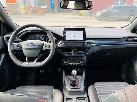 Ford Focus 1.0 EcoBoost ST-Line Business / NAVI / PDC / FULL OPTION / NEW CAR 15/20
