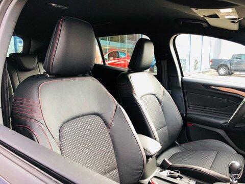 Ford Focus 1.0 EcoBoost ST-Line Business / NAVI / PDC / FULL OPTION / NEW CAR 18/20