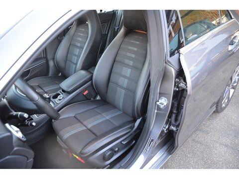 "Mercedes CLA 180 CLA 180 Business Solution ""4840 KM "" MET CAR-PASS TOP VAN FALING"
