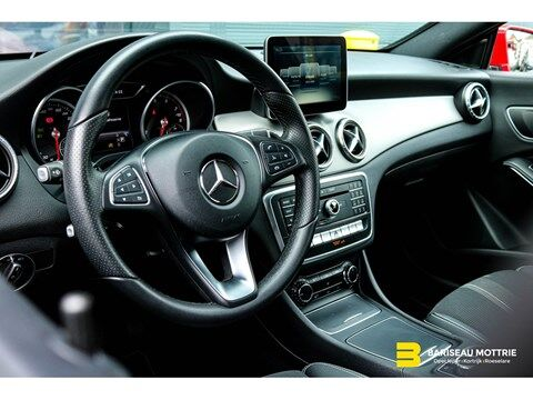 Mercedes CLA 200 BENZINE URBAN SHOOTING BRAKE *FACELIFT*AUTOMAAT*LED KOPLAMPEN*SENSOREN*GPS*AIRCO*ELEK KOFFER*