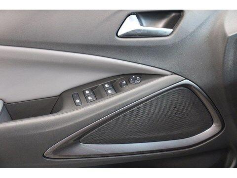 Opel Crossland X 1.2T Innovation 110pk camera + navigatie 10/14