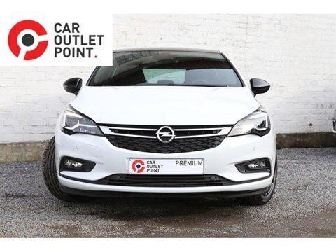 Opel Astra 5DRS BLACK EDITION BENZINE EUR6 AIRCO CRUISECONTROL NAVI ALU 2/26