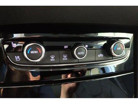 Opel Grandland X Innovation Hybrid 4x4 10/29