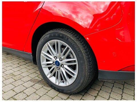Ford Focus 1.5 TDCi / SYNC Edition / AUT / PDC / CARPLAY NAVI 19/20