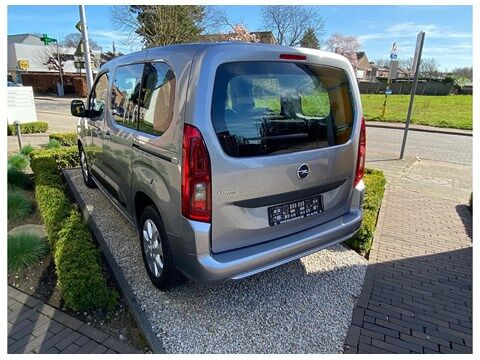Opel Combo Life Edition 1.2Turbo 110Pk 7-zitplaatsen/Navi/... 3/10