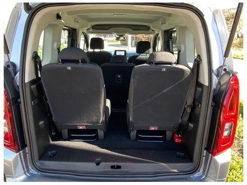 Opel Combo Life Edition 1.2Turbo 110Pk 7-zitplaatsen/Navi/... 9/10