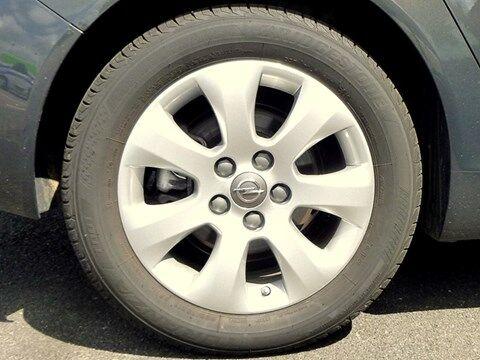 Opel Insignia Sports Tourer EDITION 1.6D 120PK * PARKEERSENSOREN * NAVI * AUTOMATISCHE AIRCO * 6/11
