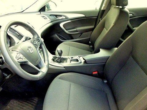 Opel Insignia Sports Tourer EDITION 1.6D 120PK * PARKEERSENSOREN * NAVI * AUTOMATISCHE AIRCO * 7/11