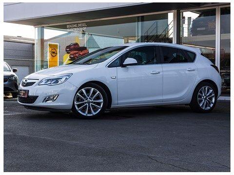 Opel Astra COSMO * Navi * Airco* 2/13