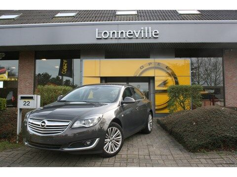 Opel Insignia 1.6T Cosmo AUTOMAAT*NAVIGATIE*CAMERA*LEDER* 1/10