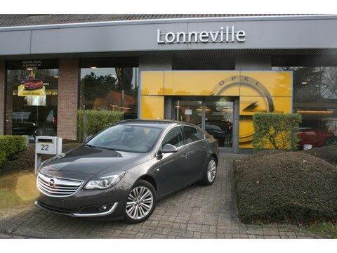 Opel Insignia 1.6T Cosmo AUTOMAAT*NAVIGATIE*CAMERA*LEDER* 2/10