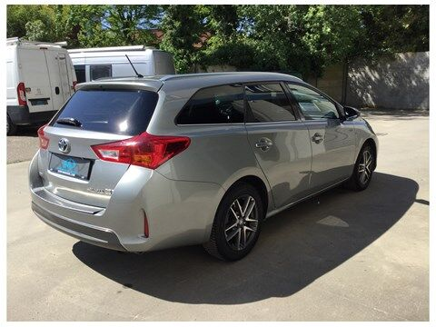 Toyota Auris Touring Sports 1.8 HSD Dynamic CVT HYBRIDE 4/14