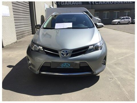 Toyota Auris Touring Sports 1.8 HSD Dynamic CVT HYBRIDE 6/14